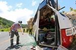Vụ xe khách đâm vào núi: Tài xế trên chuyến xe định mệnh đã bị tử vong