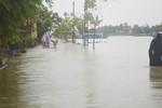 Bão số 10: Nước sông Hoài ngập phố cổ Hội An, Quảng Bình đã mưa lớn