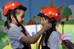 Gần 30.000 mũ bảo hiểm được Yamaha Motor Việt Nam trao tặng miễn phí