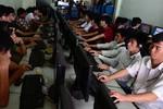 Dùng Internet càng nhiều, học càng kém?