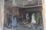 Khám nghiệm hiện trường vụ cháy tiệm bọc yên xe làm 5 người chết