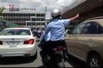 Video: Đoàn xe dẹp đường, thổi còi  hộ tống Nick Vujicic ra sân bay