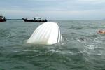 Vụ chìm tàu 9 người chết: Tình tiết quan trọng cần được làm rõ