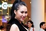 Phi Thanh Vân xuất hiện rạng rỡ trong 'tâm bão' 'giật chồng'