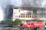 Video: Cháy tại Trung tâm Thương mại, hàng trăm gian hàng bị thiêu rụi