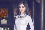 Ảnh dịu dàng hiếm thấy của 'Hoa hậu ăn chơi' Julia Hồ
