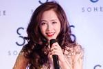 Quỳnh Nga diện váy ngắn như trang phục cấm diễn của Phương Trinh