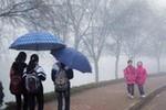 Nhiệt độ giảm xuống thấp, Bắc Bộ có mưa và sương