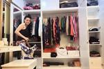 'Người đẹp lộ ngực' Trang Nhung tất bật trang trí nhà mới ngày 30 Tết