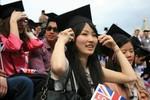 """Số lượng sinh viên châu Á đang """"vượt mặt"""" phương Tây"""
