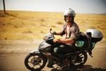 Chàng sinh viên đi xe máy qua 20 quốc gia