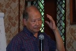 Nhà giáo Phạm Toàn: '3 năm nay chúng tôi không có đồng lương nào cả'