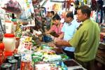 Bộ Y tế khuyên người dùng cẩn trọng khi mua thực phẩm Tết