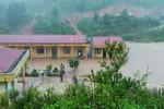 Chà Nưa tan hoang vì lũ dữ, hơn 700 học sinh nguy cơ chậm ngày khai giảng