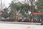 """Công an phường Hoàng Liệt """"làm ngơ"""" cho tình trạng trông giữ xe trái phép?"""