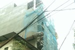 Quận Thanh Xuân cấp phép 04 tầng, người dân xây lên 06 tầng!