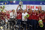 Italia vô địch, tuyển Việt Nam xếp hạng Nhì