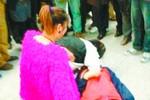 Một phụ nữ 50 tuổi tử vong ngay tại ga tàu vì bị thiếu nữ chửi thậm tệ