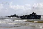 Trung Quốc diễn tập đổ bộ chiếm đảo trên Biển Đông