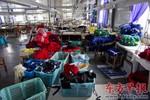 Trung Quốc xuất hiện đồng phục học sinh gây ung thư