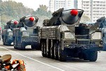Triều Tiên kỷ niệm thành lập quân đội, Mỹ - Hàn lại lo phóng tên lửa