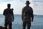 Hình ảnh hoạt động cố thủ trái phép của lính Philippines ở Bãi Cỏ Mây