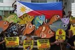 Nghị sĩ Philippines tới LSQ phản đối Trung Quốc bành trướng Biển Đông