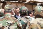 Video: Assad bất ngờ ra chiến trường úy lạo tinh thần binh lính