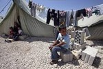 Video: Cuộc sống tị nạn của người dân Syria tại Li-băng