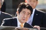 """Thủ tướng Nhật: Mỹ không nói các hãng hàng không """"báo cáo"""" Trung Quốc"""