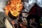 Obama điện đàm với Putin về Ukraina, người biểu tình vẫn thách thức