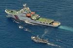 Tàu Trung Quốc, Philippines quần nhau 2 giờ ngoài bãi Cỏ Mây