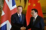 """Trung Quốc phủ nhận Lý Khắc Cường """"uy hiếp cầu kiến"""" Nữ hoàng Anh."""