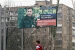 Phe ly khai đông Ukraine tổ chức bầu cử, giao tranh vẫn tiếp diễn