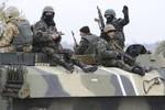 Poroshenko điều quân tiếp viện đến miền Đông Ukraine