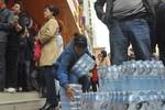 """Gần 25% nước đóng chai """"tinh khiết"""" ở Trung Quốc chứa vi khuẩn"""