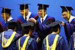 """Trung Quốc cấm dùng sách giáo khoa """"cổ súy giá trị phương Tây"""" vào đại học"""