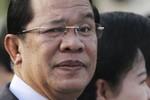 Hun Sen: Quan chức không biết dùng smartphone thì thua cả trẻ chăn trâu