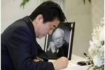 Thủ tướng Nhật Bản tạm hoãn họp sang viếng ông Lý Quang Diệu