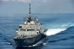 Tàu khu trục mang tên lửa Trung Quốc bám theo tàu chiến Mỹ ở Trường Sa