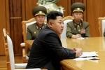 Kim Jong-un họp khẩn Quân ủy trung ương