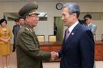 Hai miền Triều Tiên bất ngờ thỏa hiệp giảm căng thẳng trên bán đảo