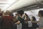 3 khách Trung Quốc bị tống khỏi máy bay ở Campuchia vì ẩu đả