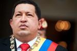 Phe đối lập Venezuela gỡ hình Chavez, quân đội thề bảo vệ Tổng thống đến cùng