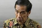 """Tổng thống Indonesia họp tham mưu trên chiến hạm bàn cách phá """"lưỡi bò"""""""