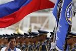 Ông Duterte muốn mua vũ khí Nga, Trung Quốc và dừng tuần tra chung với Mỹ