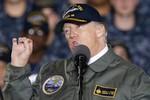 Trump cảnh báo đối thủ tiềm tàng: đừng để quân đội Mỹ phải ra tay!