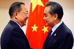 Trung Quốc đang ép hay đang nịnh Triều Tiên?