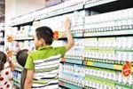 """Từ tranh cãi Sữa học đường nhìn lại cuộc """"đảo chính"""" mang tên sữa tiệt trùng"""