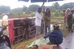 Xe buýt đấu đầu với xe máy: 1 người tử vong tại chỗ, 2 người bị thương